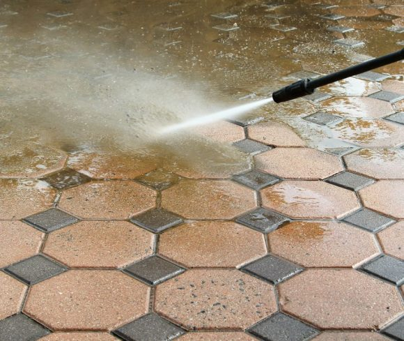 How To Effectively Clean Concrete